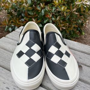 Vans Woven Leather Classic Slip-On